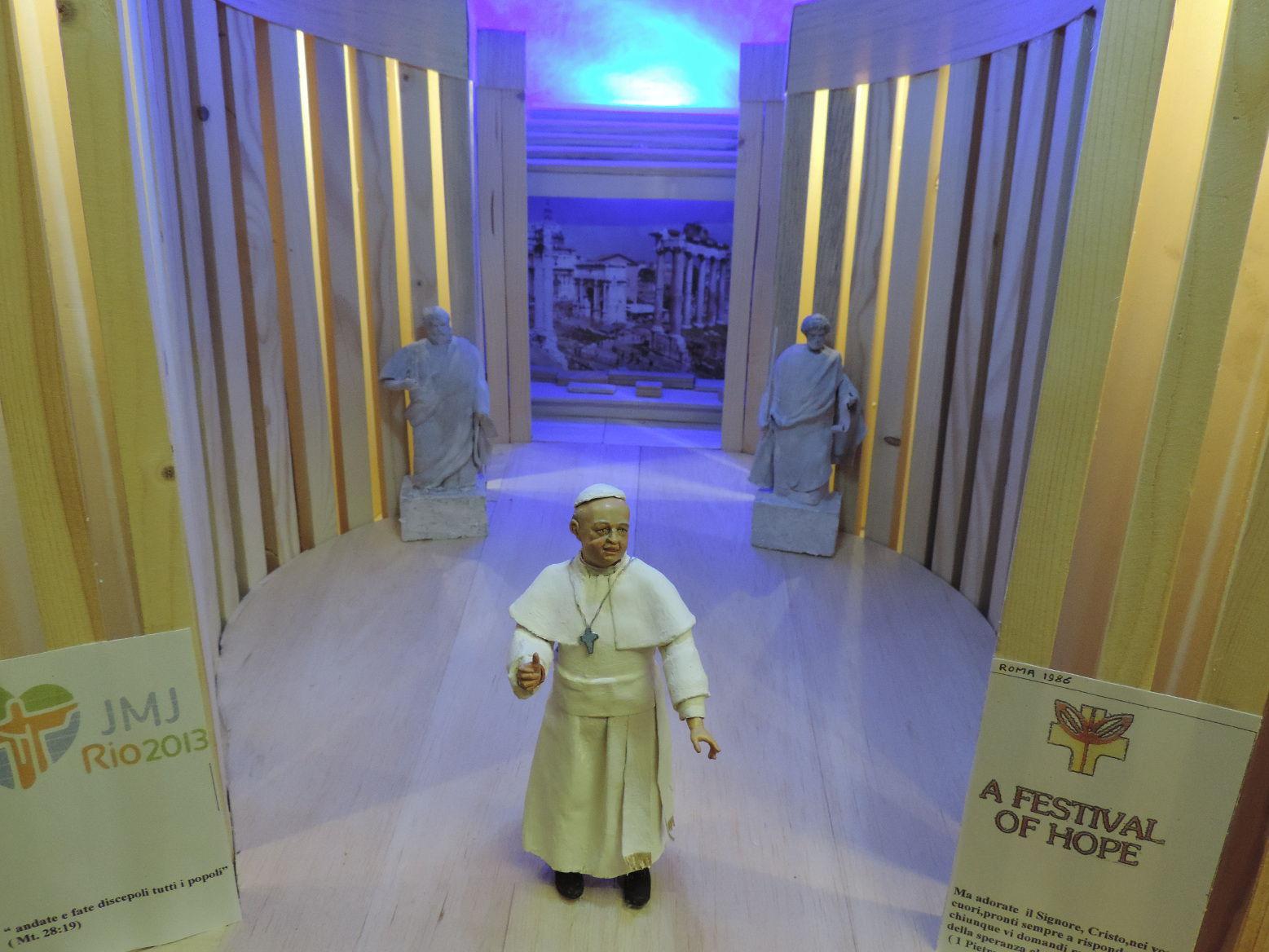 27 - Papa Francesco